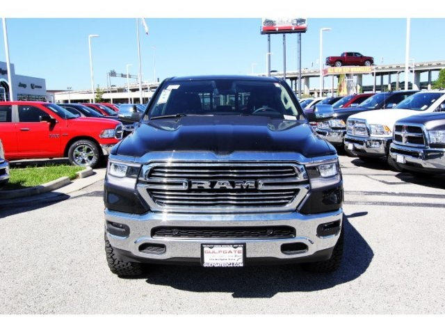 2019 Ram 1500 Crew Cab 4x4,  Pickup #929052 - photo 4