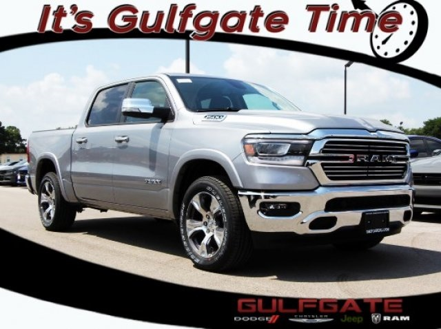 2019 Ram 1500 Crew Cab,  Pickup #929066 - photo 1