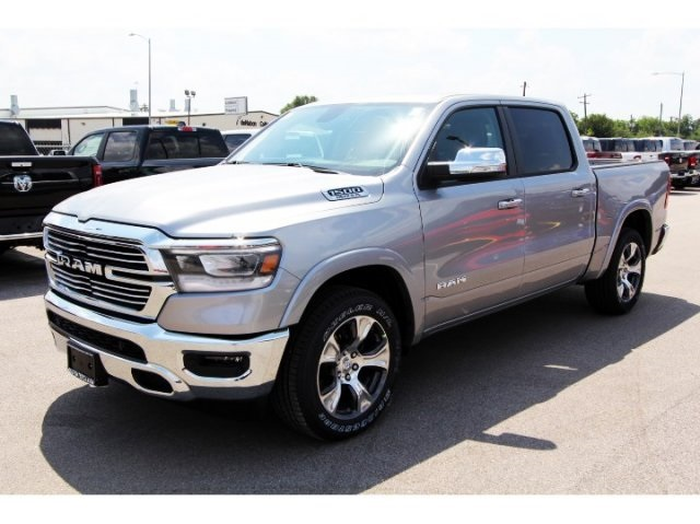 2019 Ram 1500 Crew Cab,  Pickup #929066 - photo 3