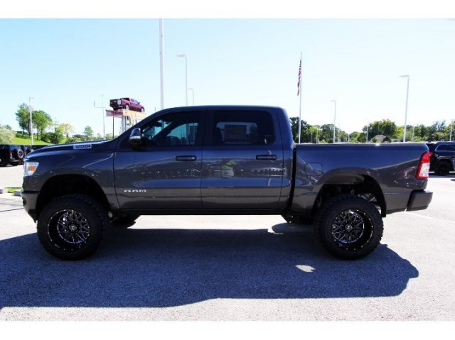 2019 Ram 1500 Crew Cab 4x4,  Pickup #929100 - photo 5