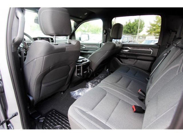 2019 Ram 1500 Crew Cab 4x2,  Pickup #929109 - photo 9
