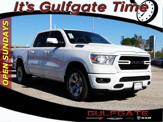 2019 Ram 1500 Crew Cab 4x2,  Pickup #929124 - photo 1