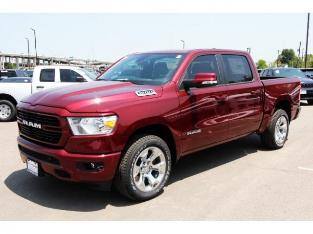 2019 Ram 1500 Crew Cab 4x2,  Pickup #929159 - photo 3