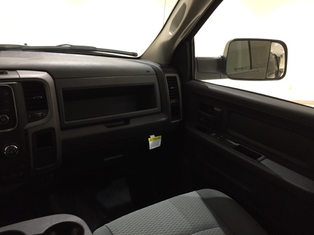 2017 Ram 3500 Crew Cab DRW 4x4,  Platform Body #D1753 - photo 14