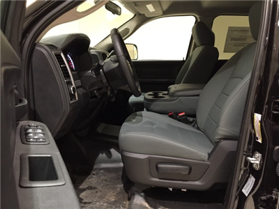 2017 Ram 3500 Crew Cab DRW 4x4,  Platform Body #D1753 - photo 24