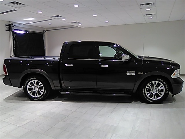 2017 Ram 1500 Crew Cab 4x4,  Pickup #D1790 - photo 5