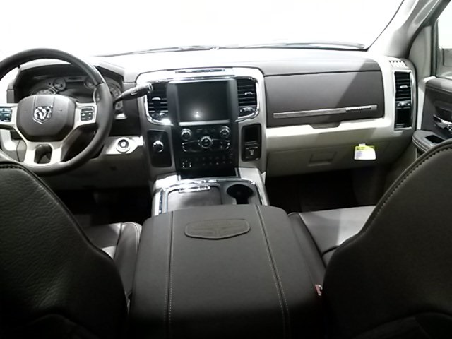 2017 Ram 3500 Crew Cab DRW 4x4, Pickup #D1837 - photo 15