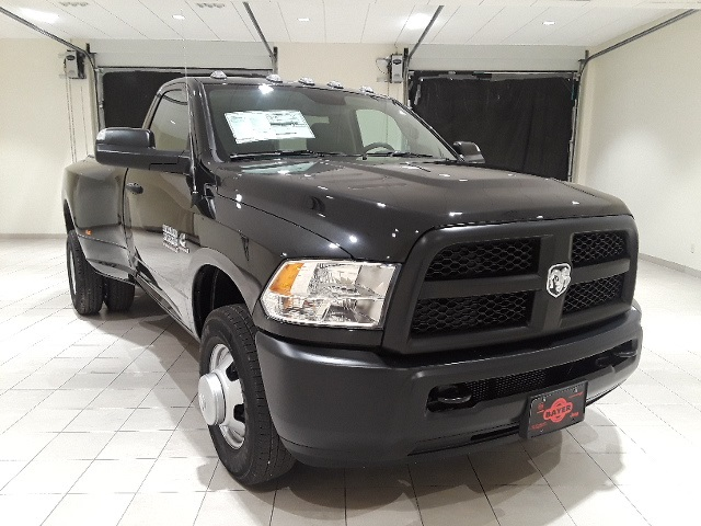 2018 Ram 3500 Regular Cab DRW 4x2,  Pickup #D2214 - photo 3