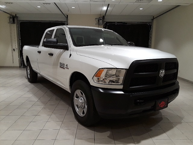 2018 Ram 3500 Crew Cab 4x2,  Pickup #D2221 - photo 3