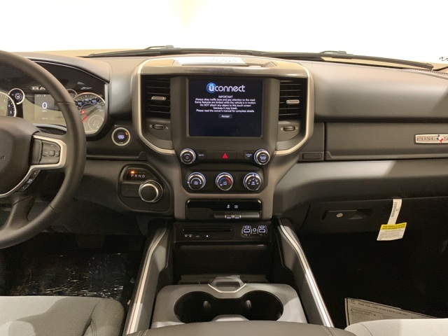 2019 Ram 1500 Crew Cab 4x2,  Pickup #D2373 - photo 10