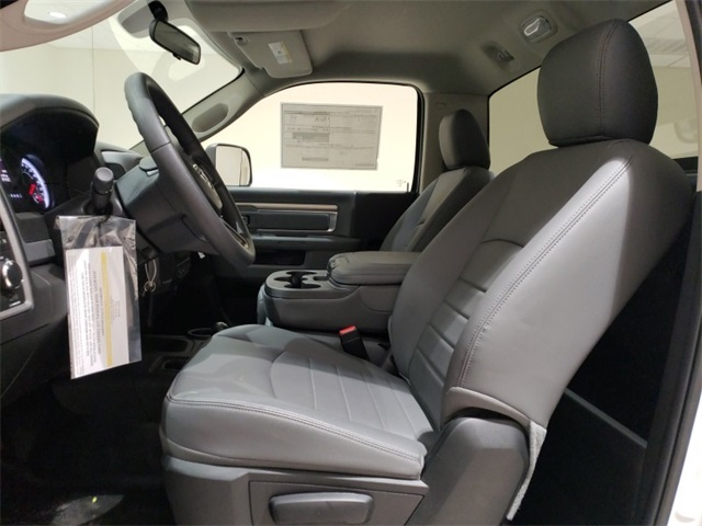 2018 Ram 3500 Regular Cab DRW 4x4,  Cab Chassis #D2491 - photo 21