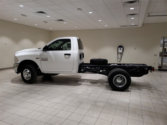 2018 Ram 3500 Regular Cab DRW 4x4,  Cab Chassis #D2491 - photo 5