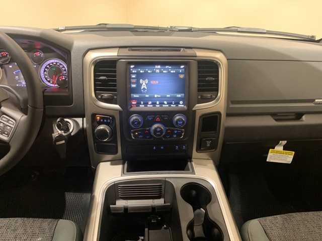 2019 Ram 1500 Crew Cab 4x2,  Pickup #D2517 - photo 10