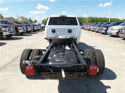 2017 Ram 4500 Regular Cab DRW Cab Chassis #HG668180 - photo 5