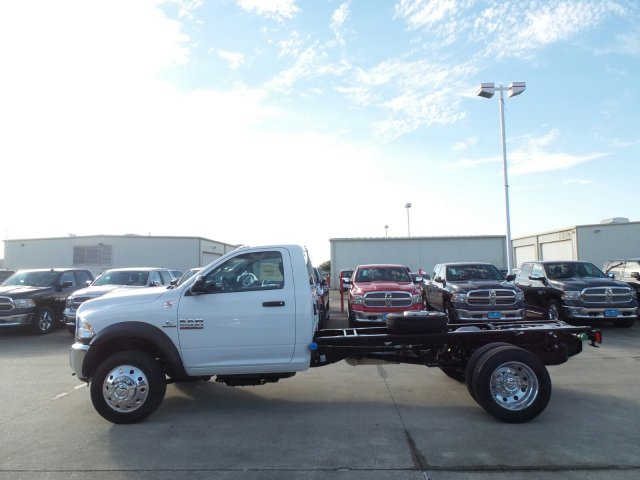 2017 Ram 5500 Regular Cab DRW Cab Chassis #HG695802 - photo 4