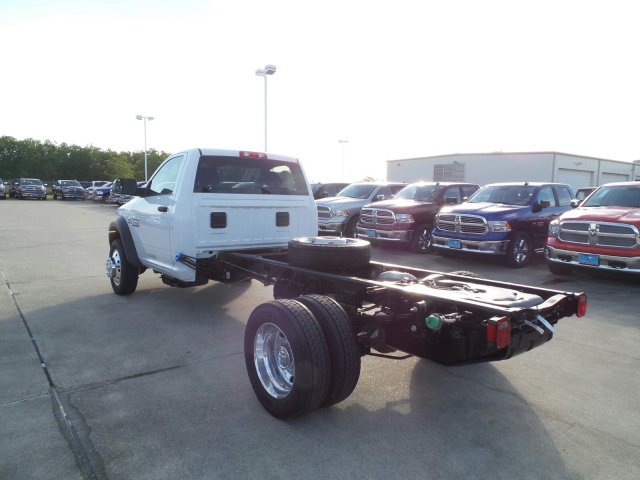 2017 Ram 5500 Regular Cab DRW Cab Chassis #HG695802 - photo 3