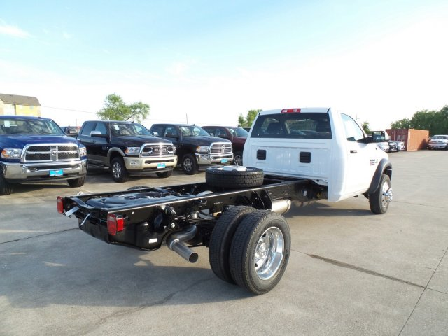 2017 Ram 5500 Regular Cab DRW Cab Chassis #HG695802 - photo 2