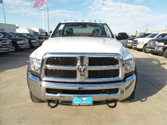 2017 Ram 5500 Regular Cab DRW Cab Chassis #HG695802 - photo 7
