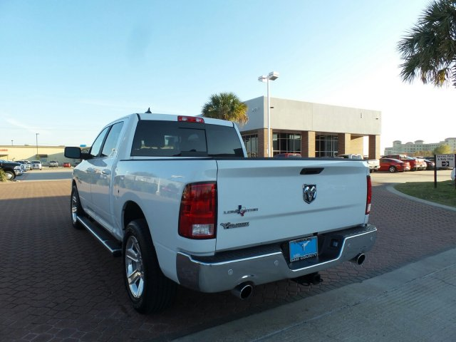 2017 Ram 1500 Crew Cab, Pickup #HS683992 - photo 4