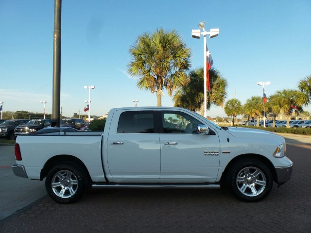 2017 Ram 1500 Crew Cab, Pickup #HS683992 - photo 6