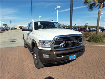 2018 Ram 2500 Crew Cab 4x4, Pickup #JG116811 - photo 1