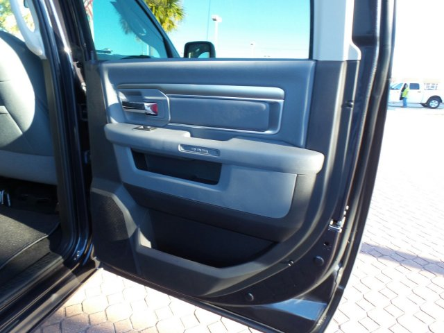 2018 Ram 1500 Crew Cab 4x4 Pickup #JG123792 - photo 16