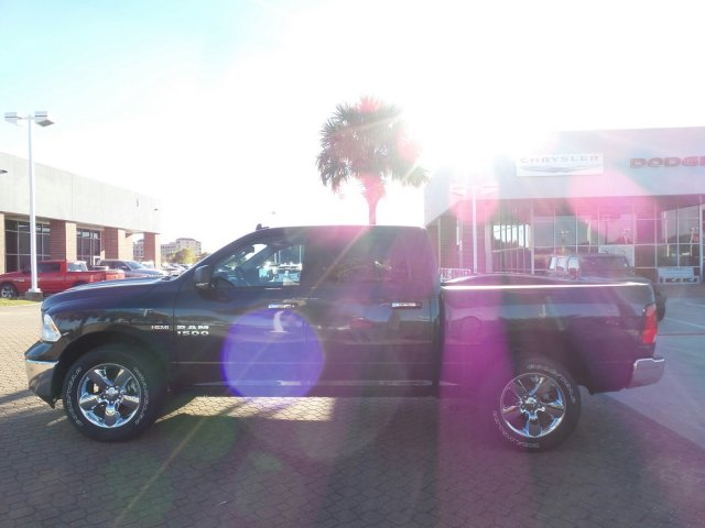 2018 Ram 1500 Crew Cab 4x4 Pickup #JG123792 - photo 4