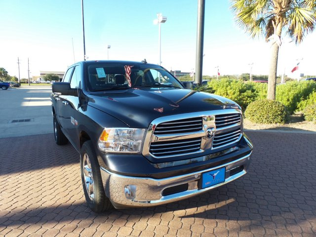 2018 Ram 1500 Crew Cab 4x4 Pickup #JG123792 - photo 1