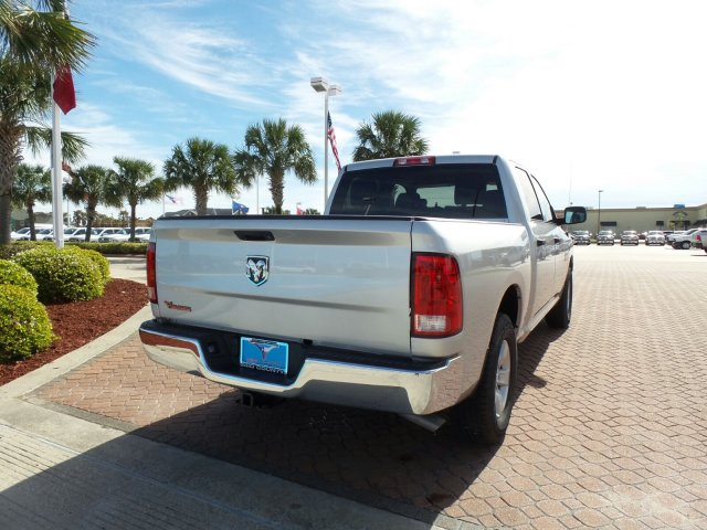 2018 Ram 1500 Crew Cab, Pickup #JG225491 - photo 2