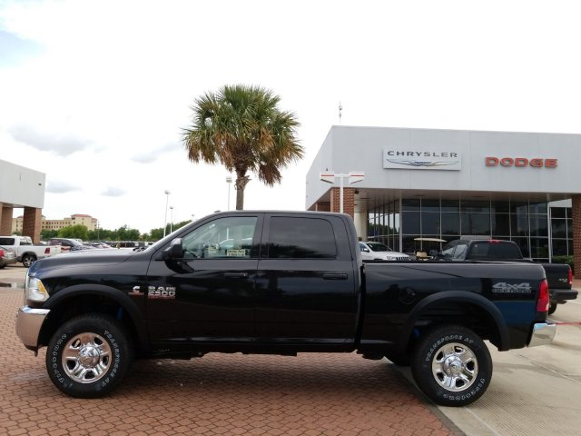 2018 Ram 2500 Crew Cab 4x4,  Pickup #JG296339 - photo 3
