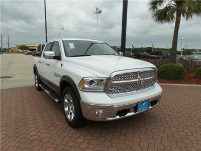 2018 Ram 1500 Crew Cab 4x4, Pickup #JS102356 - photo 1