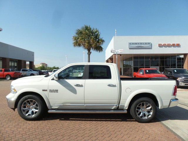 2018 Ram 1500 Crew Cab 4x4,  Pickup #JS110778 - photo 3