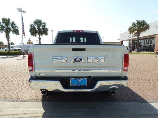 2018 Ram 1500 Crew Cab 4x4,  Pickup #JS110778 - photo 5