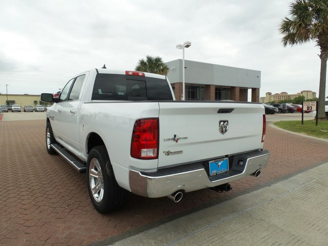 2018 Ram 1500 Crew Cab, Pickup #JS183349 - photo 4