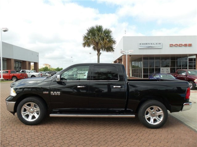 2018 Ram 1500 Crew Cab, Pickup #JS266213 - photo 3