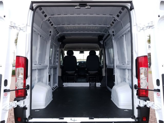 2019 ProMaster 1500 High Roof FWD,  Empty Cargo Van #KE504680 - photo 2