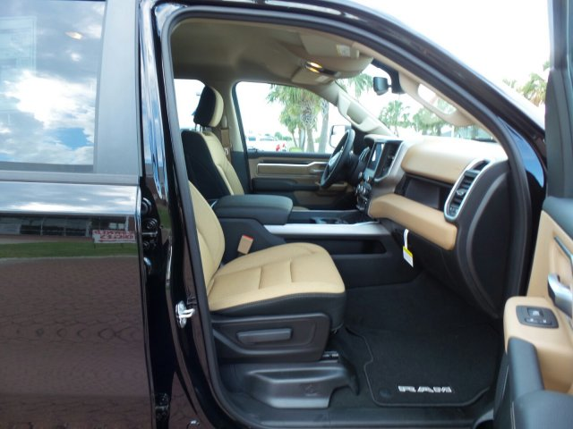 2019 Ram 1500 Crew Cab 4x2,  Pickup #KN519273 - photo 19