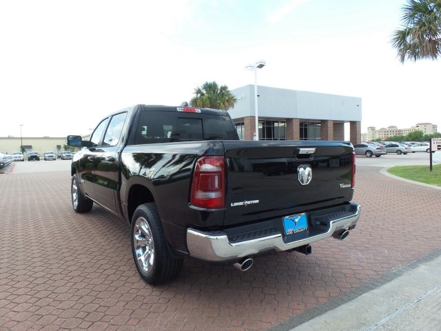 2019 Ram 1500 Crew Cab 4x2,  Pickup #KN519273 - photo 4