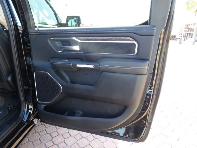 2019 Ram 1500 Crew Cab 4x2,  Pickup #KN522725 - photo 18