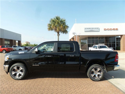 2019 Ram 1500 Crew Cab 4x2,  Pickup #KN522725 - photo 3