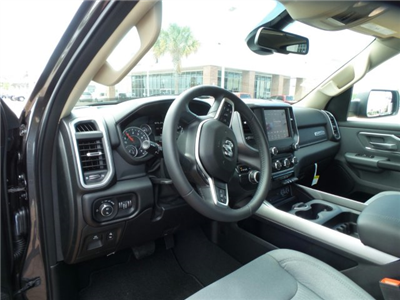 2019 Ram 1500 Crew Cab 4x2,  Pickup #KN535530 - photo 1