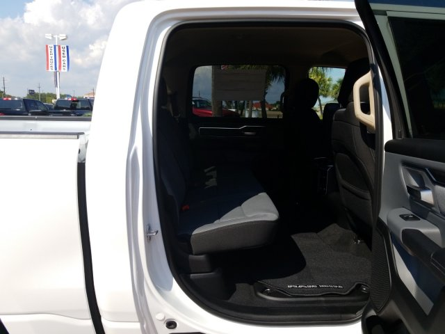 2019 Ram 1500 Crew Cab 4x2,  Pickup #KN568102 - photo 16