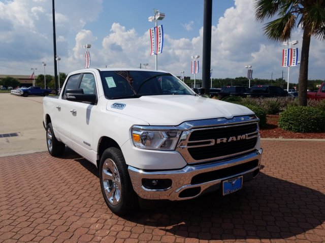 2019 Ram 1500 Crew Cab 4x2,  Pickup #KN568102 - photo 1