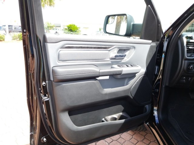 2019 Ram 1500 Crew Cab 4x4,  Pickup #KN573929 - photo 12