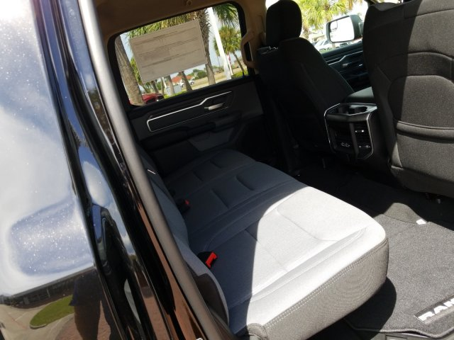 2019 Ram 1500 Crew Cab 4x4,  Pickup #KN573929 - photo 17