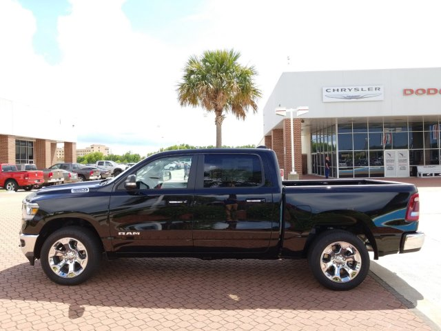 2019 Ram 1500 Crew Cab 4x4,  Pickup #KN573929 - photo 3