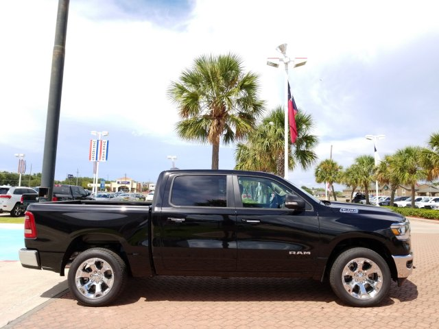 2019 Ram 1500 Crew Cab 4x4,  Pickup #KN573929 - photo 6