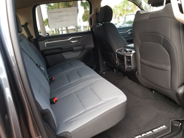 2019 Ram 1500 Crew Cab 4x2,  Pickup #KN596764 - photo 17