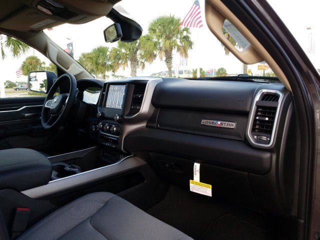 2019 Ram 1500 Crew Cab 4x2,  Pickup #KN596764 - photo 20