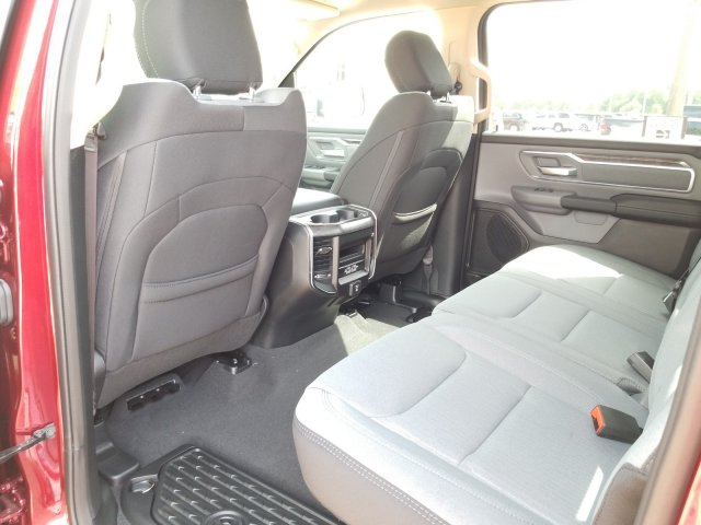 2019 Ram 1500 Crew Cab 4x4,  Pickup #KN600249 - photo 14
